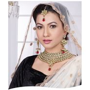Kriaa Alloy Ethnic Necklace Set With Maang Tikka_2000305 - Green