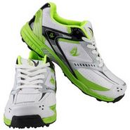 V22 Cricket Stud Shoes  Green & White Size - 9