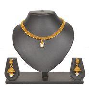 Pourni Stylish Brass Necklace Set_Prnk92 - Golden