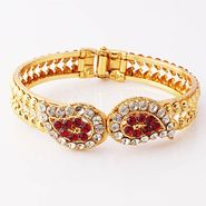 Variation Elegant Red Gold Plated Openable Bangle_Vd11562