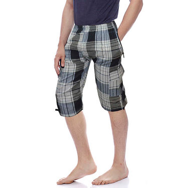 Delhi Seven Cotton Checks Capri For Men_D7Cg010 - Multicolor