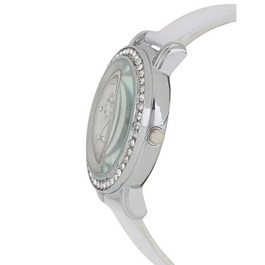 Exotica Fashions Analog Round Dial Watch For Women_Efl70w46 - White
