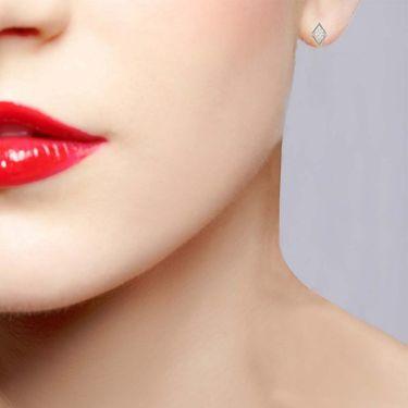 Avsar Real Gold and Swarovski Stone Manali Earrings_Bge033wb