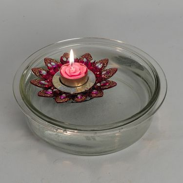 Aapno Rajasthan Big Floral Shape Floating Candles- Multicolor