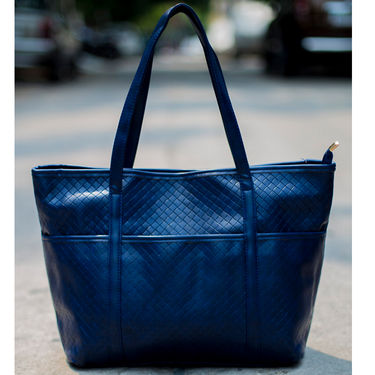 Arisha Women Handbag Blue -Lb283