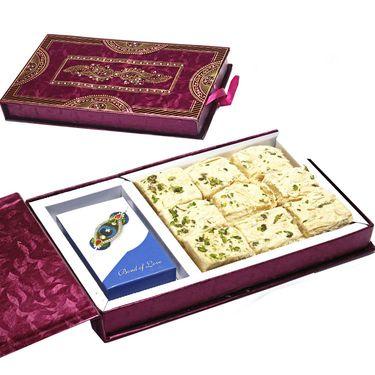Premium Diwali Gift Box with Soan Papdi_MB45