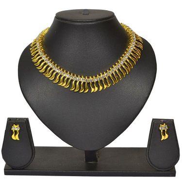Pourni Stylish Brass Necklace Set_Prnk27 - Golden