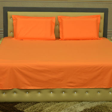 Set of 3 Solid Bedsheets with 6 Pillow Covers