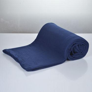 Set of 5 Colorful Solid Fleece Blankets