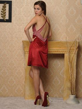 Clovia Blended Plain Nightwear - Maroon