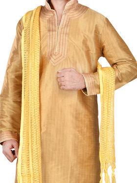 Diwaan Set of 2 Embroidered Ethnic Kurta Pajama