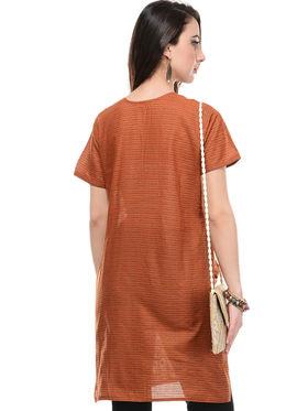 Lavennder Cotton and Dupion Silk Embroidered Kurti with Sling Bag - LK-62018