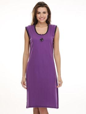 Clovia Cotton Blend Solid Nightsuit -NS0394P15